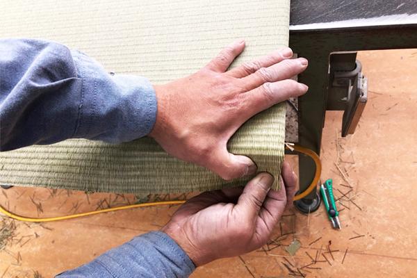 琉球畳は畳職人の腕の見せどころです。